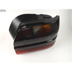 Feu d'aile arrière droit Renault 19 Chamade sans porte lampe